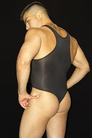body-string-arroyman