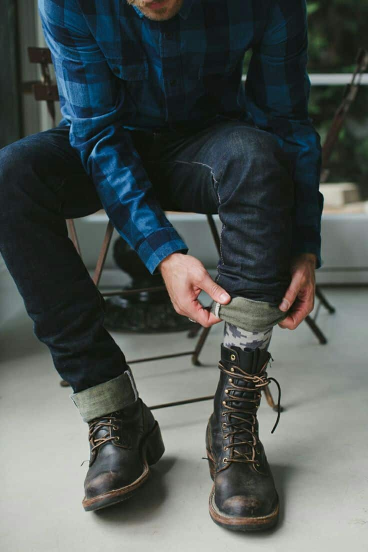 Timberland knows men's footwear. From our famous work boots to oxfords, winter boots, chukkas, boat shoes and sandals, you'll find the right pair.